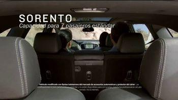 Kia TV Spot, 'Un SUV a tu medida' [Spanish] [T2] - Thumbnail 2