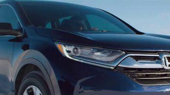 2018 Honda CR-V TV Spot, 'Take on Winter' [T2] - Thumbnail 3