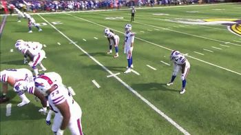 GEICO TV Spot, 'CBS Sports: Play of the Day: Leap of Faith' - Thumbnail 3