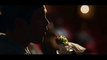 Taco Bell Triple Double Crunchwrap Box TV Spot, 'Movie Theater' - Thumbnail 6