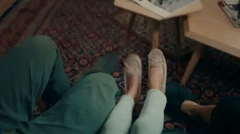 DSW TV Spot, 'My Shoes. My Way.' Song by Hannah Miller, Ehren Ebbage - Thumbnail 9