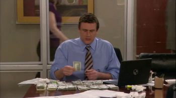 GEICO TV Spot, 'How I Met Your Mother: Carrying a Lot of Money' - Thumbnail 4