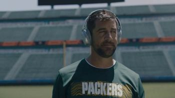 Bose Noise Cancelling TV Spot, 'Focus. On.' Featuring Aaron Rodgers - Thumbnail 8