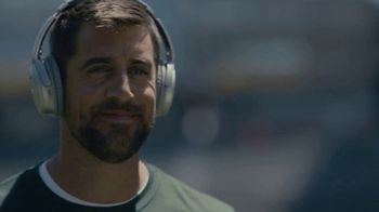 Bose Noise Cancelling TV Spot, \'Focus. On.\' Featuring Aaron Rodgers