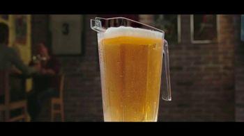 Buffalo Wild Wings Gameday Menu TV Spot, 'Buenos amigos' [Spanish] - Thumbnail 1