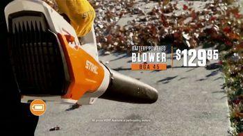 STIHL TV Spot, 'Jen and Justin: Blower and Chain Saw' - Thumbnail 7