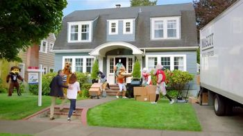 Quicken Loans Rocket Mortgage TV Spot, 'Going Above and Beyond With Mascots' - Thumbnail 9
