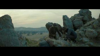 Wells Fargo TV Spot, 'Tu seguridad importa' canción de The Black Keys [Spanish] - Thumbnail 2
