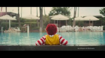 Subway Chipotle Cheesesteak  TV Spot, 'Pool Service' - Thumbnail 2