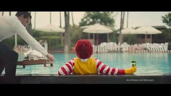 Subway Chipotle Cheesesteak  TV Spot, 'Pool Service' - Thumbnail 3