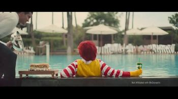 Subway Chipotle Cheesesteak  TV Spot, 'Pool Service' - Thumbnail 4