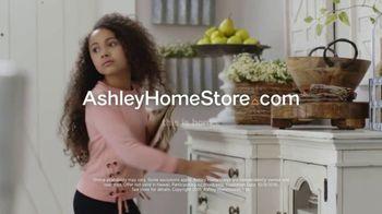 Ashley HomeStore Columbus Day Sale TV Spot, 'Ends Monday' - Thumbnail 10