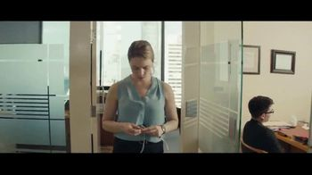 Audible Inc. TV Spot, 'Listen for a Change' - Thumbnail 2