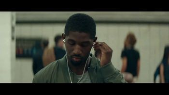 Audible Inc. TV Spot, 'Listen for a Change' - Thumbnail 3