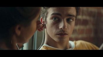 Audible Inc. TV Spot, 'Listen for a Change' - Thumbnail 5