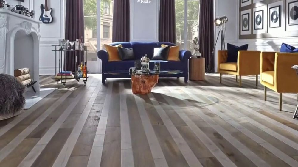 Lumber Liquidators Fall Flooring Sale TV Commercial, 'Classic Look'