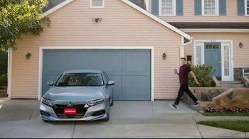 Vroom.com TV Spot, 'Driveway' - Thumbnail 1