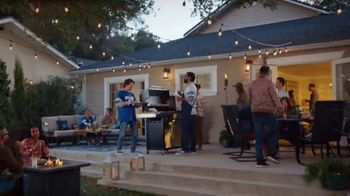 Lowe's Grill Clearance TV Spot, 'The Moment: Grill Out, Don't Miss Out' - Thumbnail 9
