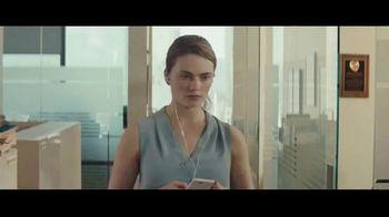 Audible Inc. TV Spot, 'Listen for a Change: Review 5 Second Rule' - Thumbnail 5