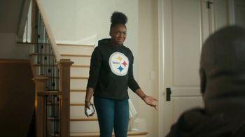 NFL Shop TV Spot, 'Dressed Like That' - Thumbnail 4