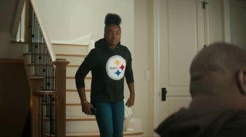 NFL Shop TV Spot, 'Dressed Like That' - Thumbnail 7