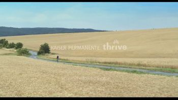 Kaiser Permanente Thrive TV Spot, 'Thrive Your Way' - Thumbnail 9