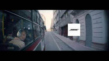 Bose TV Spot, 'Alexa: Don't Miss A Thing: Bus Ride' Song by Emilie Mover - Thumbnail 10
