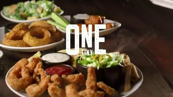 Applebee's 3 Course Meal TV Spot, 'Hungry Eyes' Song by Eric Carmen - Thumbnail 9