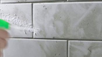 Scrubbing Bubbles Bathroom Grime Fighter TV Spot, 'Dirty Socks' - Thumbnail 5