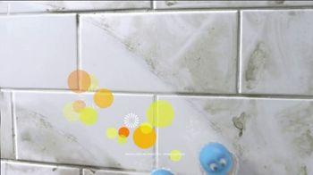 Scrubbing Bubbles Bathroom Grime Fighter TV Spot, 'Dirty Socks' - Thumbnail 7