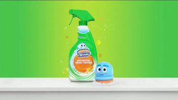 Scrubbing Bubbles Bathroom Grime Fighter TV Spot, 'Dirty Socks' - Thumbnail 9