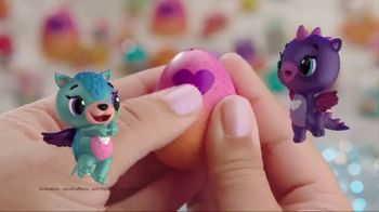 Hatchimals CollEGGtibles Season 4 TV Spot, 'Tropical Party' - Thumbnail 3
