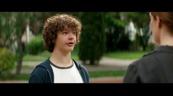 Fios by Verizon Triple Play TV Spot, 'Welcome: Smart Home' Featuring Gaten Matarazzo - Thumbnail 5
