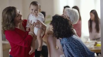 Huggies Little Movers TV Spot, 'Las tías' [Spanish] - Thumbnail 6