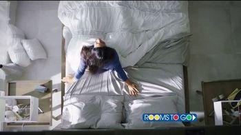 Rooms to Go TV Spot, 'Día del trabajo: tu mejor noche' [Spanish] - Thumbnail 2