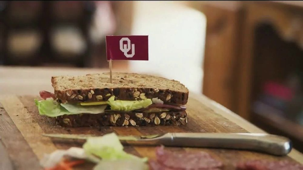 Nissan TV Commercial, 'Heisman House: Sandwich' Ft Baker Mayfield, Marcus Mariota [T1]