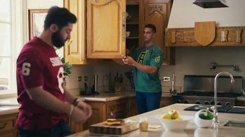 Nissan TV Spot, 'Heisman House: Sandwich' Ft Baker Mayfield, Marcus Mariota [T1] - Thumbnail 8
