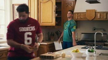 Nissan TV Spot, 'Heisman House: Sandwich' Ft Baker Mayfield, Marcus Mariota [T1] - Thumbnail 9