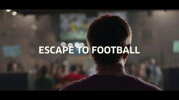 Buffalo Wild Wings TV Spot, 'Escape to Football: Family' - Thumbnail 10