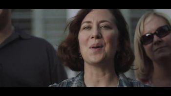 Buffalo Wild Wings TV Spot, 'Escape to Football: Family' - Thumbnail 3