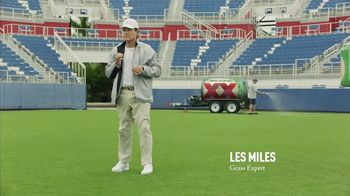 Dos Equis TV Spot, 'Keep It Interesante: Delicioso' Featuring Les Miles - Thumbnail 7