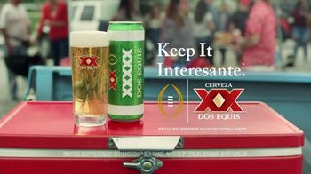 Dos Equis TV Spot, 'Keep It Interesante: Beer Blaster' Featuring Les Miles - Thumbnail 10
