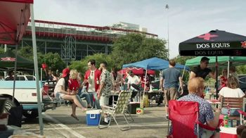 Dos Equis TV Spot, 'Keep It Interesante: Beer Blaster' Featuring Les Miles - Thumbnail 2