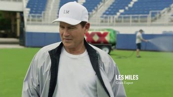Dos Equis TV Spot, 'Keep It Interesante: Beer Blaster' Featuring Les Miles - Thumbnail 6