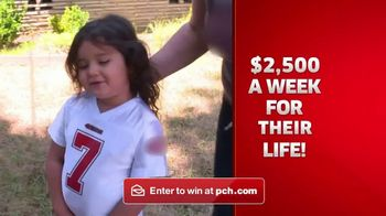 Publishers Clearing House TV Spot, '$2,500 a Week Forever: What's Better?'' - Thumbnail 7