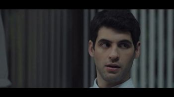 Buffalo Wild Wings TV Spot, 'Escape to Football: Office' - Thumbnail 4