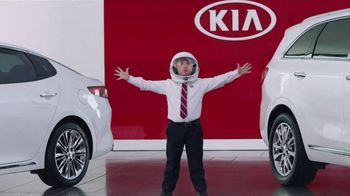 Kia America's Best Value Summer Clearance TV Spot, 'Space Helmet' [T2] - 228 commercial airings