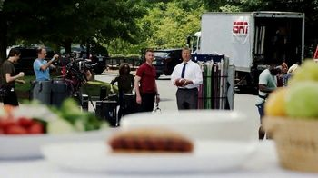 Eckrich Smoked Sausage TV Spot, 'One Left' Featuring Kirk Herbstreit - Thumbnail 2