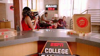 Pizza Hut TV Spot, 'ESPN: T-Shirt Cannon' - Thumbnail 7
