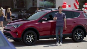 Toyota National Clearance Event TV Spot, 'Outtakes' [T2] - Thumbnail 5